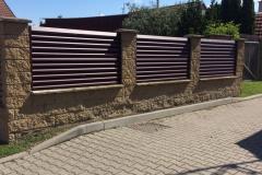 O-okenicový-plot-hnědý